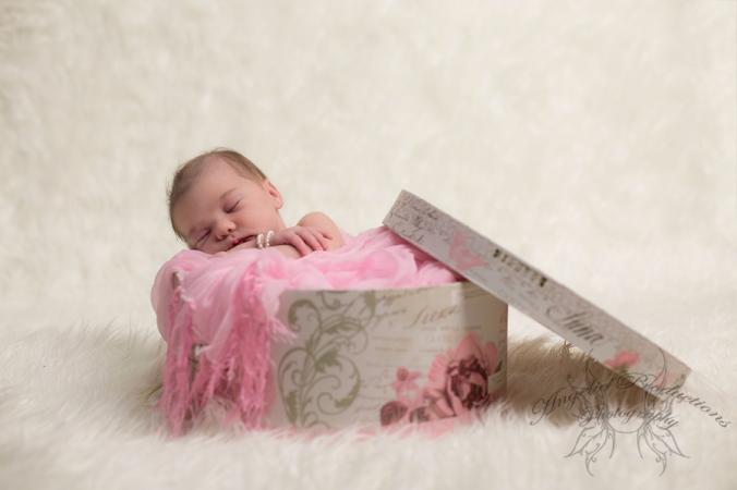 Newborn_A_Rousell